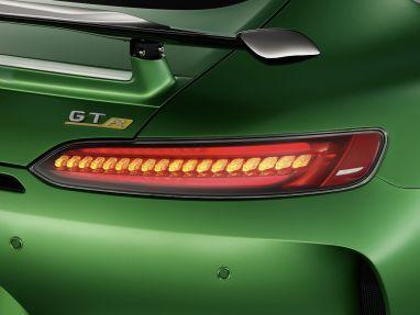 2017 Mercedes-AMG GT-R - 3