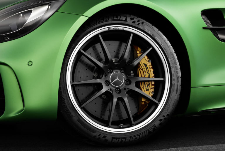 2017 Mercedes-AMG GT-R - 7