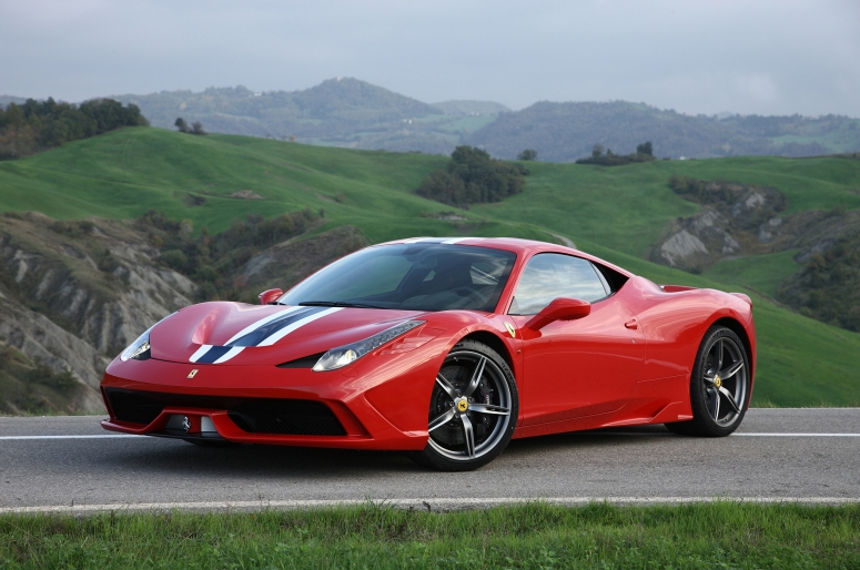 2014-Ferrari-458-Speciale-front-three-quarters-04