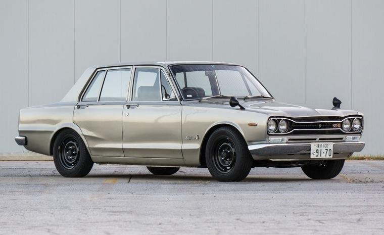 1970-PGC10-Nissan-Skyline-2000-GT-R-silver-