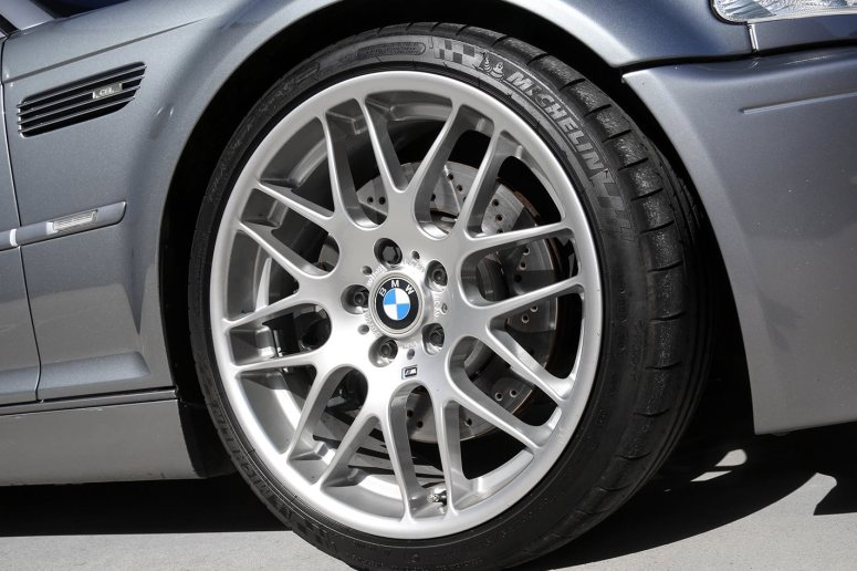 30-years-of-BMW-M3-E46-M3-CSL-wheel