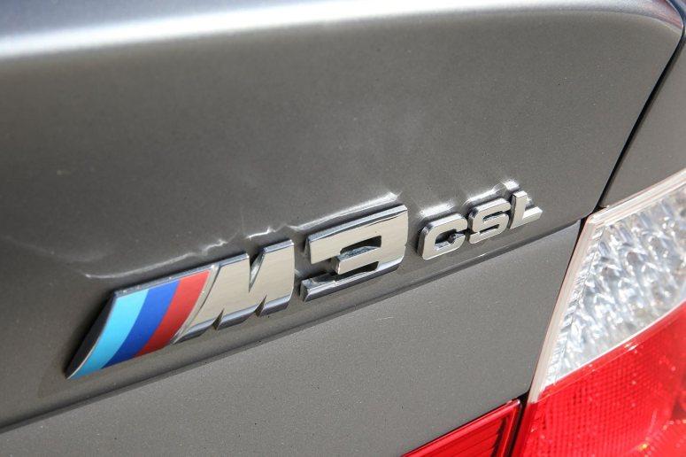 BMW-M3-E46-M3-CSL-branding
